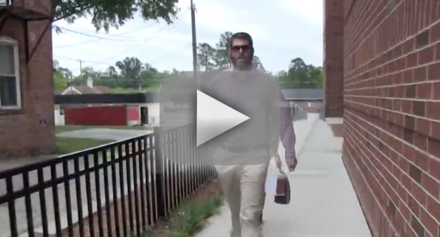David eason issues threats outside of courthouse