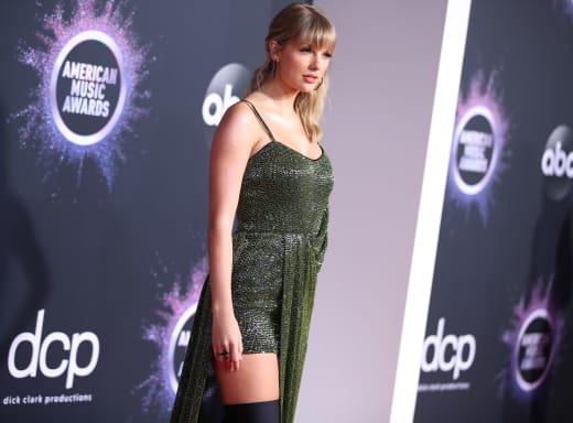 Taylor Swift at 2019 AMAs