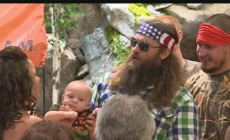 Duck Dynasty Star to Wedding Couple: SURPRISE!
