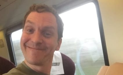 Inspiring Passenger Gets Pizza Delivered to a Moving Train