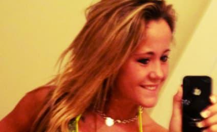 Jenelle Evans Tweets Bikini Pic, Flaunts New Boobs, Denies Pregnancy Rumors