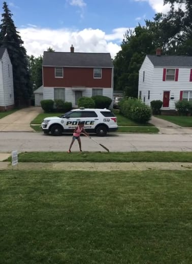 Neighbors Call 911 Over 12-Year-Old Mowing Grass 01