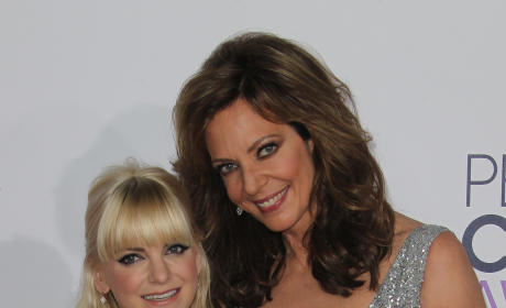 Anna Faris and Allison Janney at the People's Choice Awards