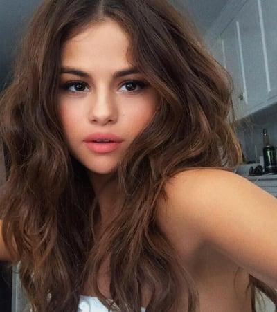 Selena Instagram Pic
