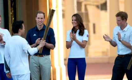 Kate Middleton, Two Princes Welcome Olympic Torch to Buckingham Palace