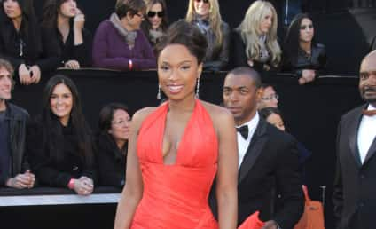 Academy Awards Fashion Face-Off: Jennifer Hudson vs. Michelle Williams
