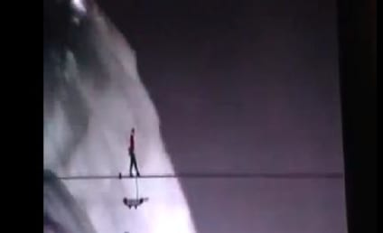 Nik Wallenda, Niagara Falls Tightrope Walker, Crosses 1,800-Foot Chasm Between U.S. & Canada