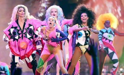 Miley Cyrus Smokes Pot, Loves Peace, Performs at VMAs