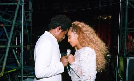 Beyonce and Jay-Z: Fan Rushes the Stage, Gets Clobbered by Dancers