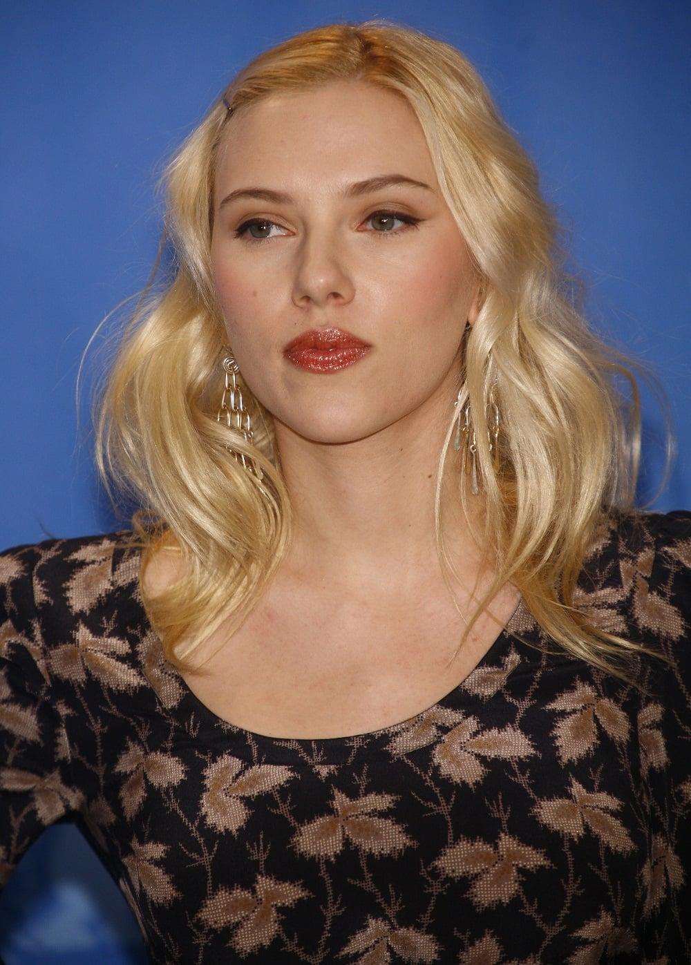 Scarlett Johansson Platinum Blonde The Hollywood Gossip