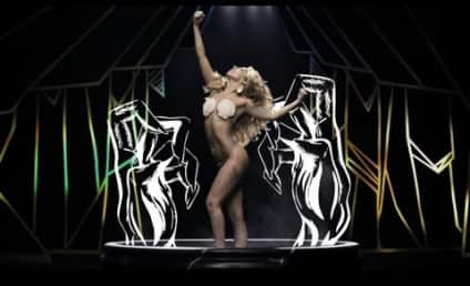 "Lady Gaga ""Applause"" Video Burns Up Internet, Garners 5.6 Million Views in 22 Hours"