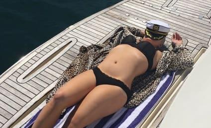Kelly Osbourne Bikini Photo: Lookin' Amazing!