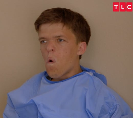 Little people big world finale recap he 39 s here for Does zach roloff s baby have dwarfism