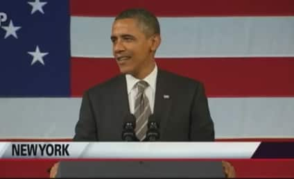 "President Obama Sings ""Let's Stay Together"" For Al Green"