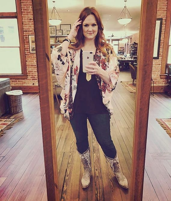 Ree Drummond: Pioneer Woman Accused Of Supporting Wild