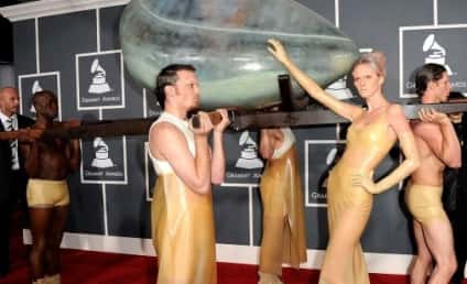 Lady Gaga Grammys Arrival: Incubating a Hoax?