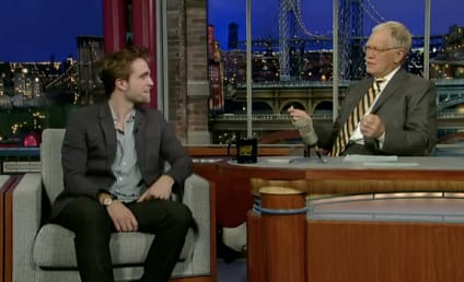 Robert Pattinson Talks Twihards on The Late Show: Video