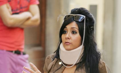 Snooki Feigns Injury on Set of Jersey Shore
