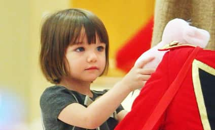 Baby's First Steps: Adorable Suri Cruise Pictures