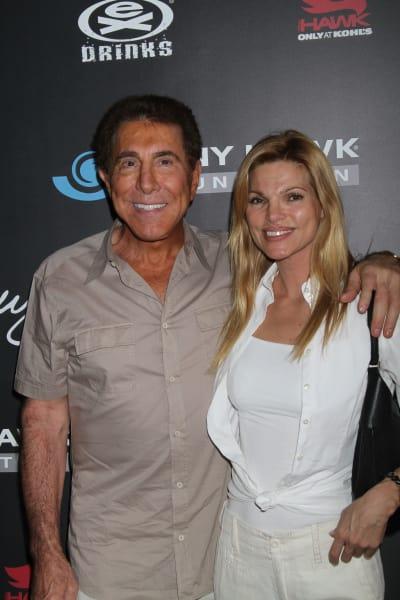 Steve Wynn and Andrea Hissom