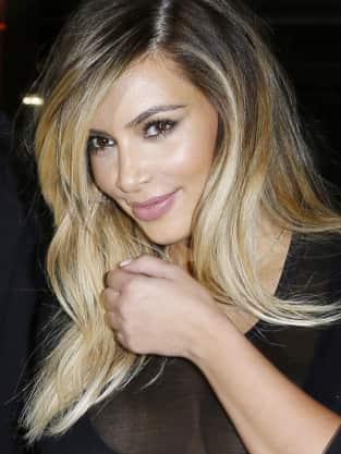 Kim Kardashian Engaged Pic