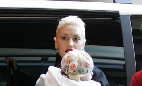 Gwen Stefani And Baby Kingston Photo