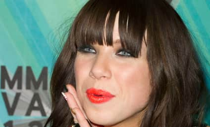 Carly Rae Jepsen Nude Photo Hack Leads to Investigation