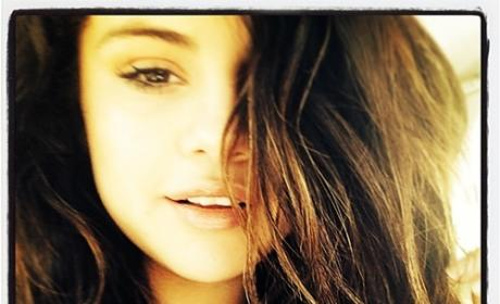 Selena Gomez: No Makeup on Instagram