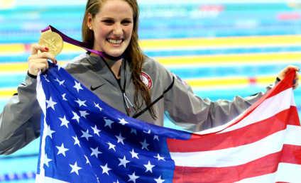 Missy Franklin Captures Gold, Dedicates Victory to Colorado Shooting Victims