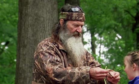Duck Dynasty Clip - Phil Takes The Kids Fishing