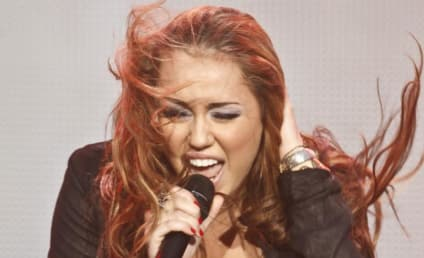 Miley Cyrus's Nose Piercing: Awesome or Ugly?