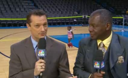 Kid With Pants Down Wanders Into Houston Rockets Postgame Show