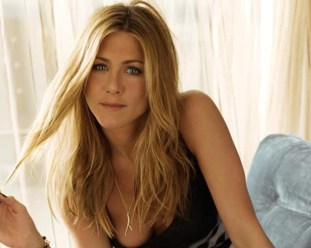 Hottest pics of jennifer aniston