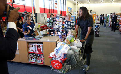 Ellen and Michelle Obama Shop at CVS, Hilarity Ensues