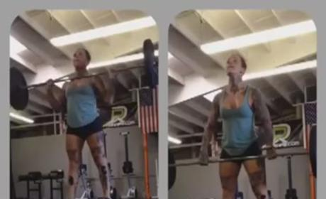 CrossFit vs. Chloie Jonnson: Choose your side ...