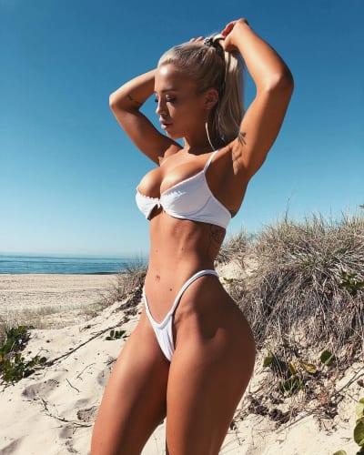 Tammy Hembrow Bikini Pic