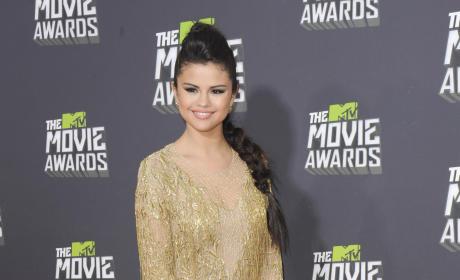 Selena Gomez at 2013 MTV Movie Awards