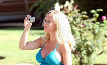 Kendra Wilkinson: Hugh Hefner is Emotional, Girls from The Hills are Wimps