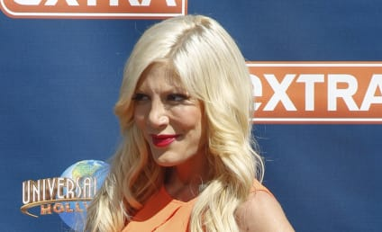 Tori Spelling: Hospitalized, Quarantined Due to Mysterious Illness