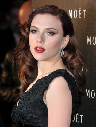 Scarlett Johansson Brunette Hair Photo