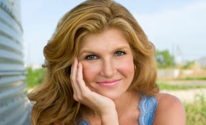 "Connie Britton, Planned Parenthood Team Up on ""What Would Tami Taylor Do?"" T-Shirt"