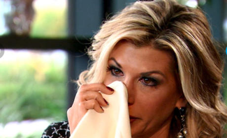 Alexis Bellino Cries