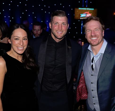 Joanna Gaines, Tim Tebow, Chip Gaines