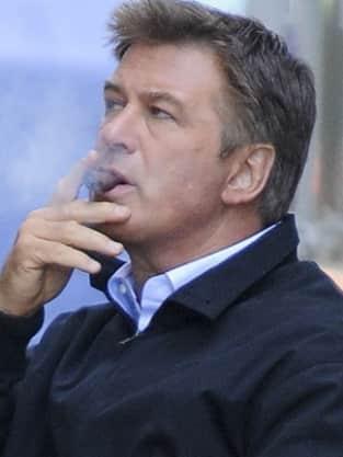 Alec Baldwin, Cigar