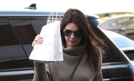 Kendall Jenner Leaves Epione Skincare