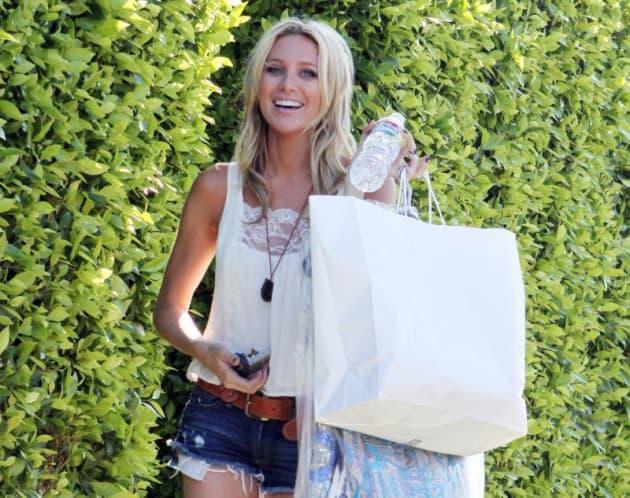 Stephanie Pratt Shops