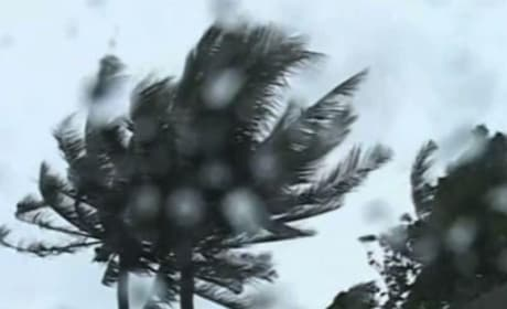 Super Typhoon Blasts the Philippines