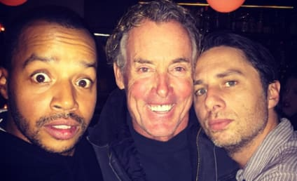 Scrubs Reunion: Zach Braff Shares Selfie With Co-Stars!