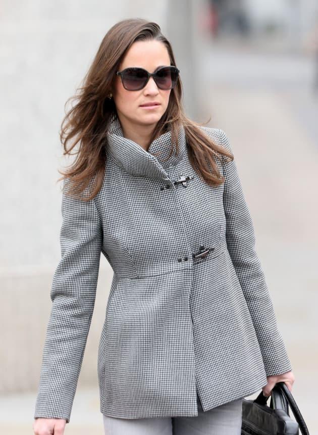 Pippa Middleton, Gray Coat
