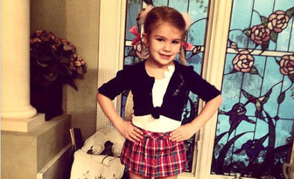 """Maddie Spears Dresses Like Aunt Britney for """"Celebrity Day"""" At School!"""